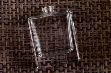 Clear Transparent Square Glass Custom Perfume Bottles , Glass Diffuser Bottles